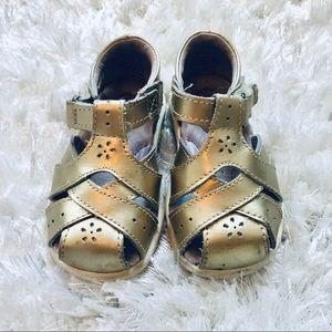 Stride rite tulip gold sandal size 5 walker